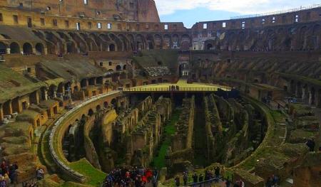 Innere Kolosseum Rom